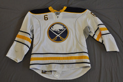 Mike Weber Game Worn Buffalo Sabres Away Jersey 2010-11 Season Set 3 Size 54 Serial #4233
