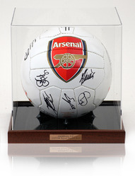 ARSENAL F.C. 2007/08 Squad Hand Signed Size 5 Football Ball