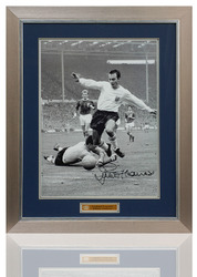 "Large Jimmy Greaves hand signed England 16x12"" Photo"