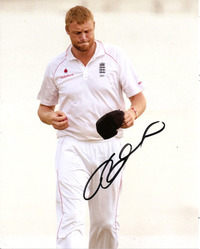 ANDREW FLINTOFF SIGNED 10X8 PHOTO