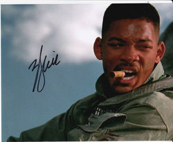 Will Smith Signed Independance Day 10x8 Photo
