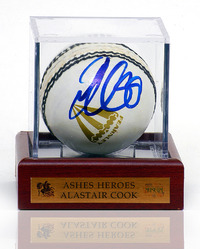 ALASTAIR COOK Hand Signed Cricket Ball