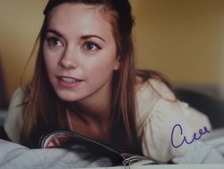 Mackemore, Carrie - authentic autograph