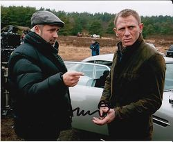 Sam Mendes Autograph signed in person 10 x 8 photo