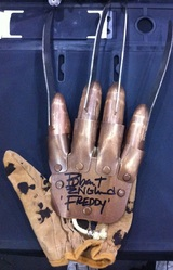Robert Englund Signed Freddy Kruger Replica Glove