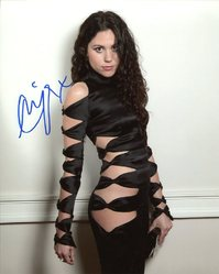 Eliza Doolittle AUTOGRAPH Posed SIGNED IN PERSON 10x8 Photo