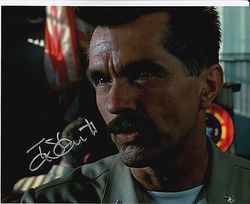 Tom Skeritt Autograph TOP GUN signed in person 10 x 8 photo