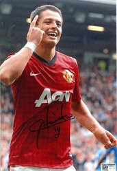 hernandez signed photo